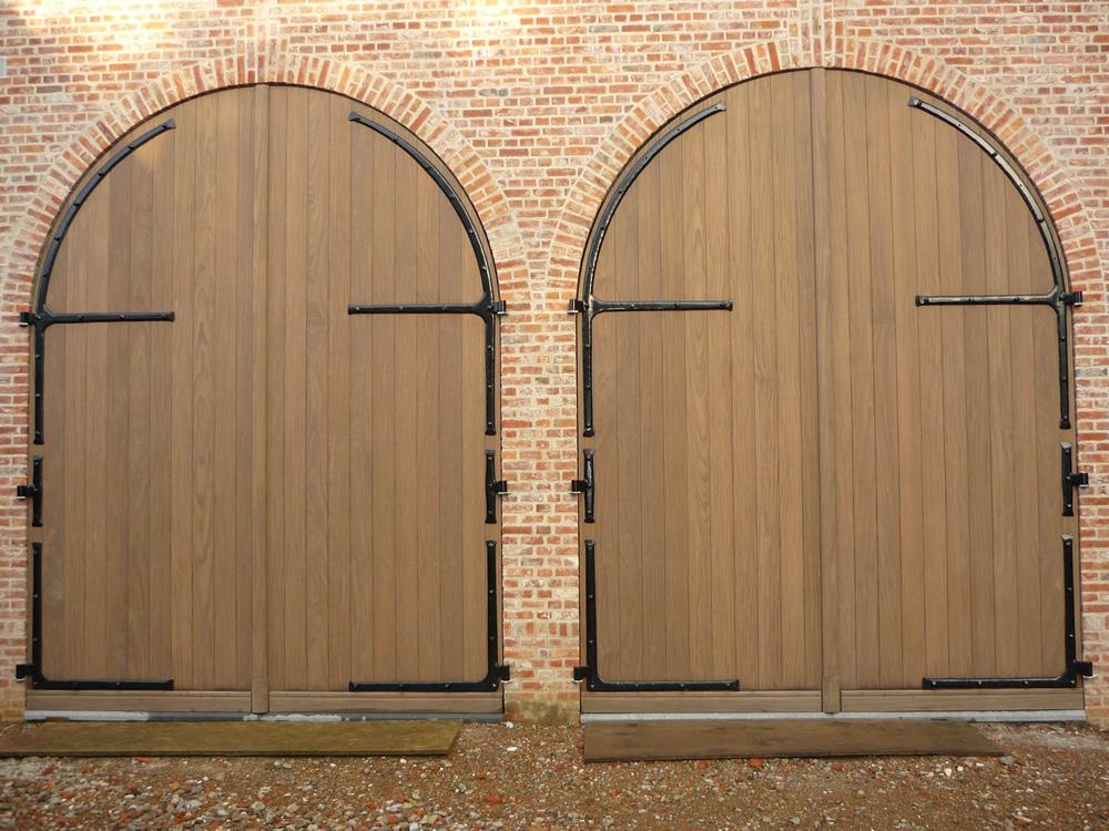Houten deuren van de perre - Deur zolder bezoek met schaal ...