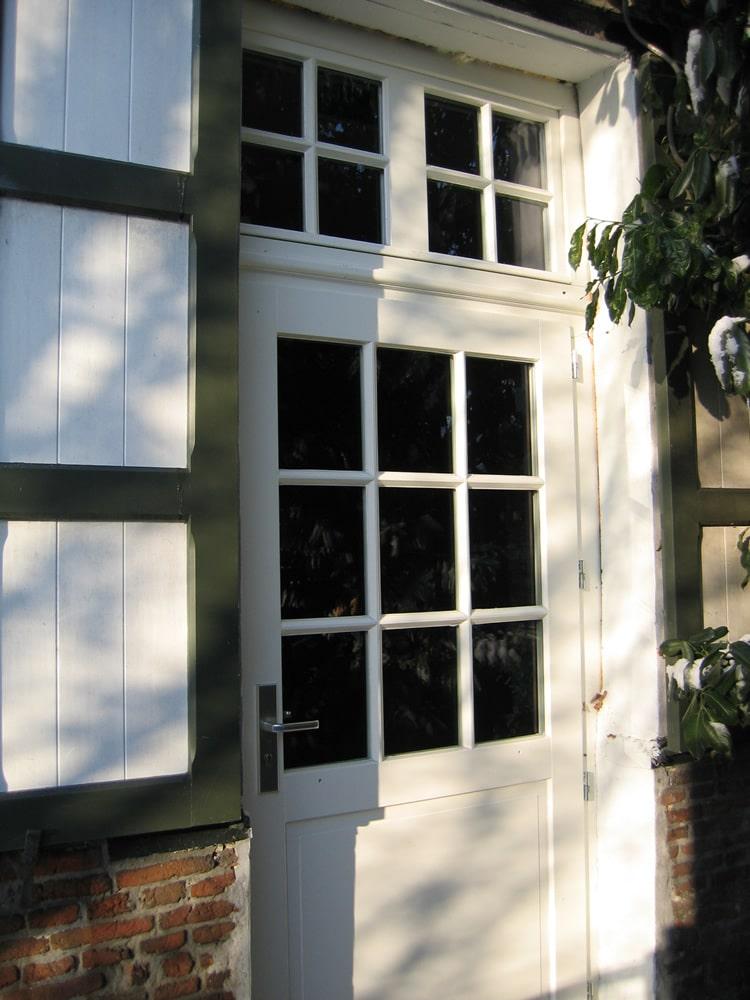 Houten raam en deur